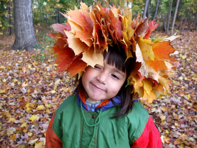 fall_kid_leafhat